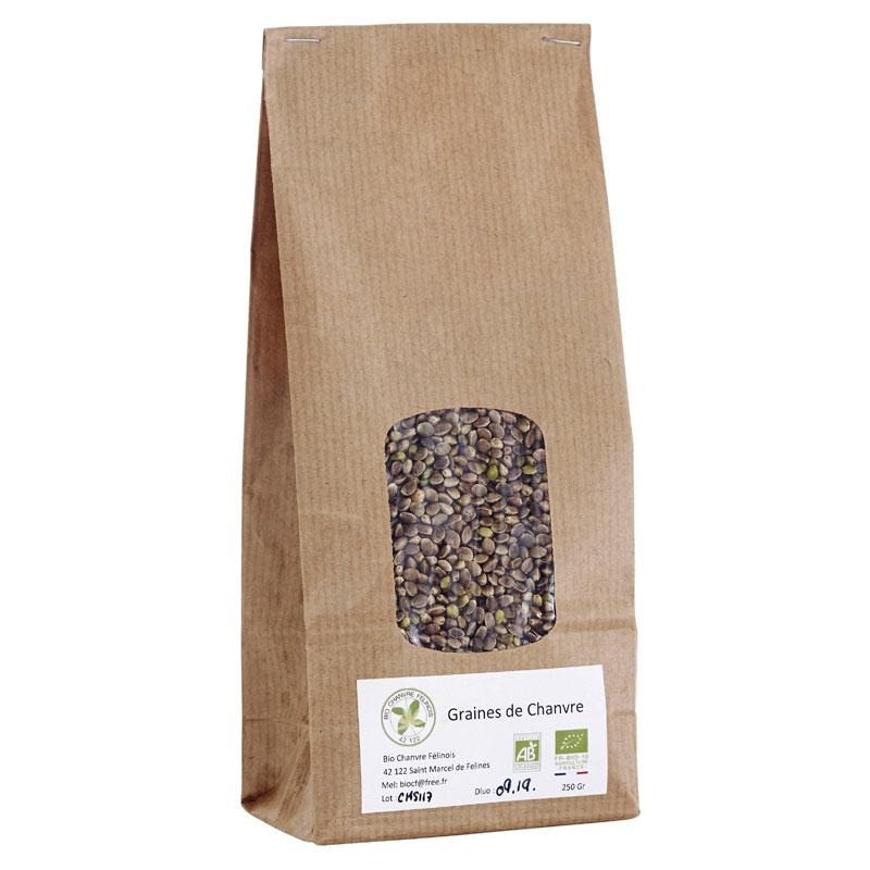 Les graines de chanvre bio: un super aliment sain et bio avec omega 3,6,9, protéines végétales, vitamines et minéraux. Végan